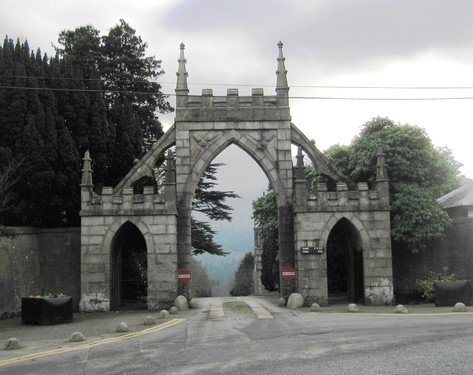 Bryansford Gate & Gate Lodge, Tollymore Park, 2 Hilltown Road, BT33 0PX