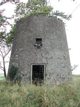 Ringdufferin Windmill, Ringdufferin House, 35 Ringdufferin Road, Killyleagh, BT30 9PH