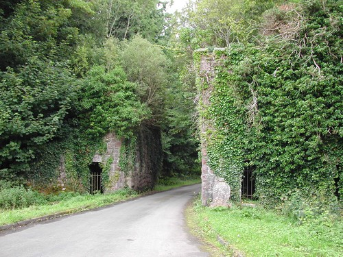 Castle Caldwell Gate Lodge & Railway Bridge, Castle Caldwell, Belleek