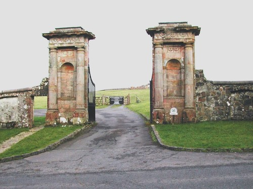 Lion's Gate, Mussenden Road, Downhill
